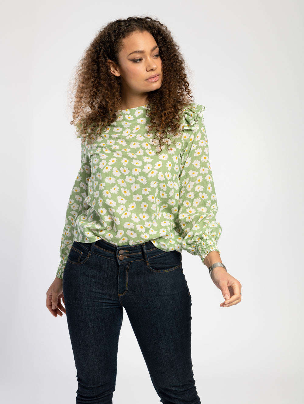 Frill Shoulder Blouse in Green Daisy